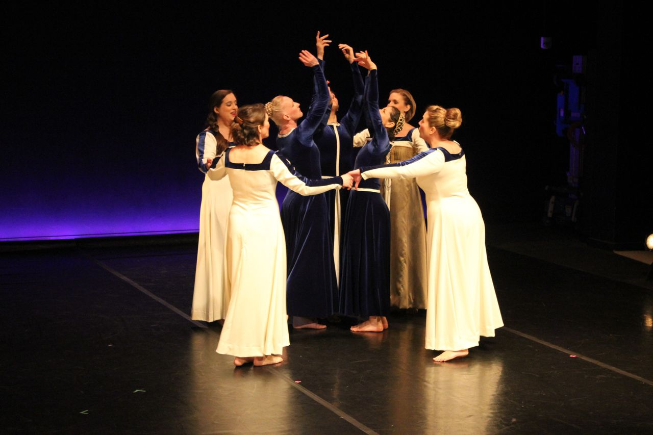 Pacific MusicWorks and Seattle Dance Project's Wayward Sisters (Photo: Karin Brookes)
