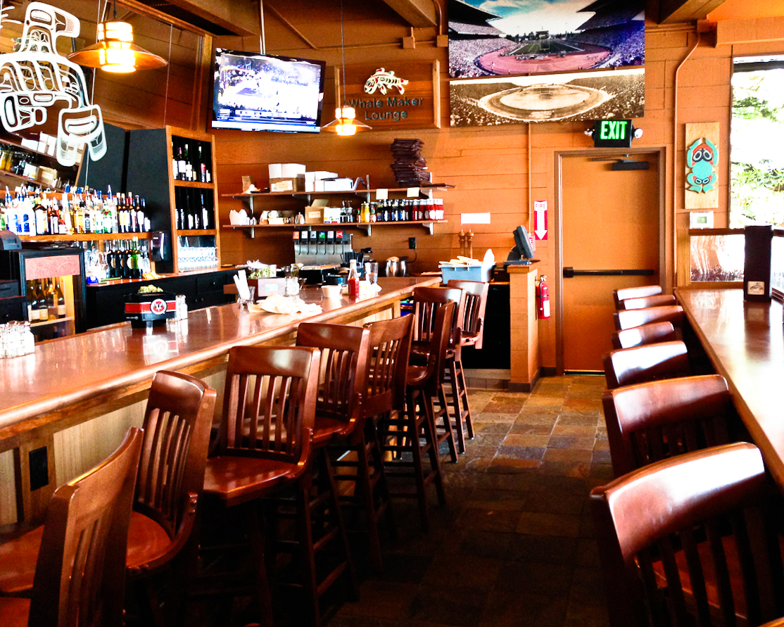 The Whalemaker's copper-topped bar (Photo: MvB)