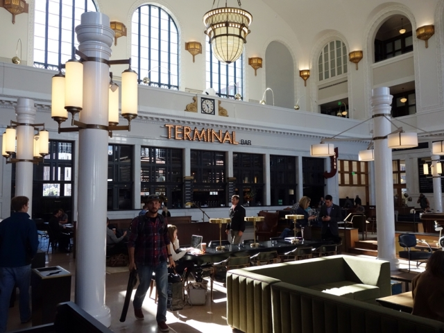 Terminal Bar, inside Union Station