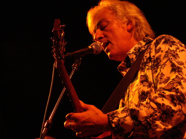 Love the shirt: Robyn Hitchcock at Columbia City Theater, August 2014. (photo: Tony Kay