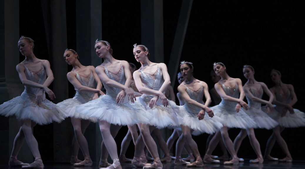 Pacific Northwest Ballet company dancers in Kent Stowell's Swan Lake (Photo © Angela Sterling)