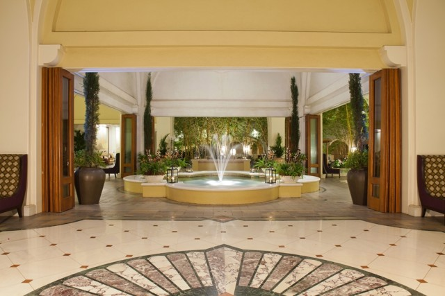 Lobby at the Fairmont (photo courtesy of the Fairmont Kea Lani)