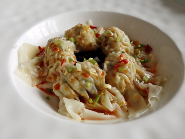 YEN's spicy wontons, delicate and delicious