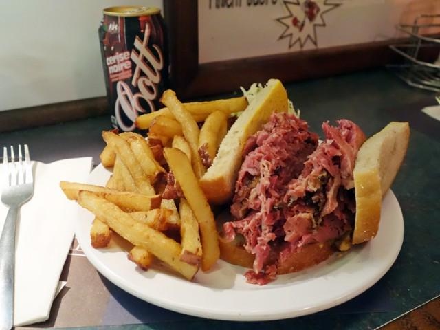Smoke Meat Pete sandwich