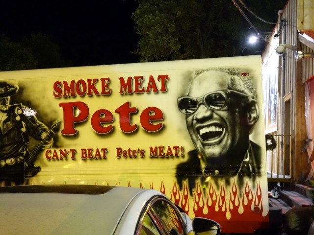 Smoke Meat Pete sign