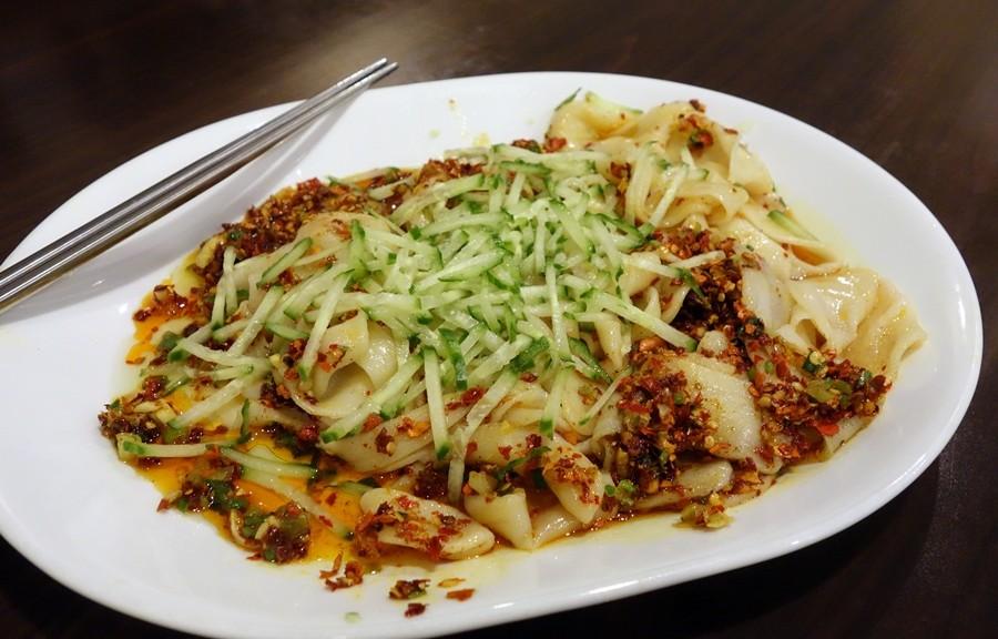 Handmade noodles in spicy sauce